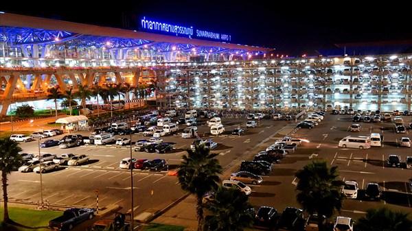 Аэропорт Suvarnabhumi (Бангкок)